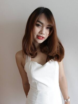 Hello LadyBoy - 22 year old Thai ladyboy gets made up for her date and a facial from her