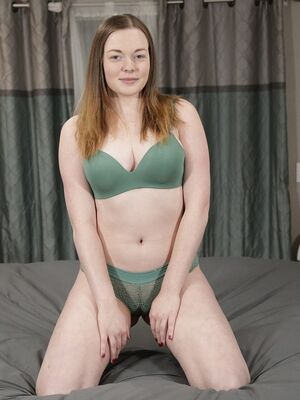 Analized - Chubby redhead Samantha Reigns bending over & showing off her big ass