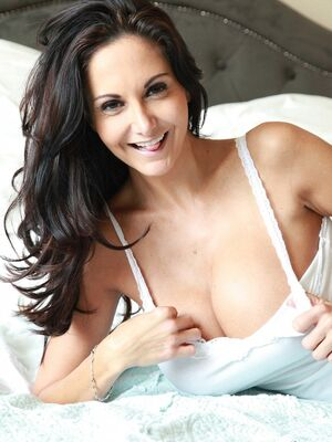 DTF Sluts - Beautiful cougar with massive juggs Ava Addams fingers her clam on the bed